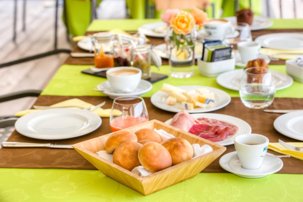 agriturismo-polisena-colazione